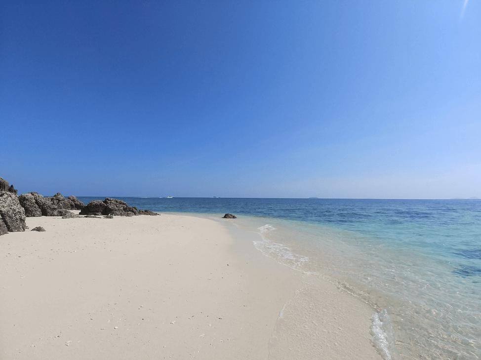 クアンガイ省のリーソン島