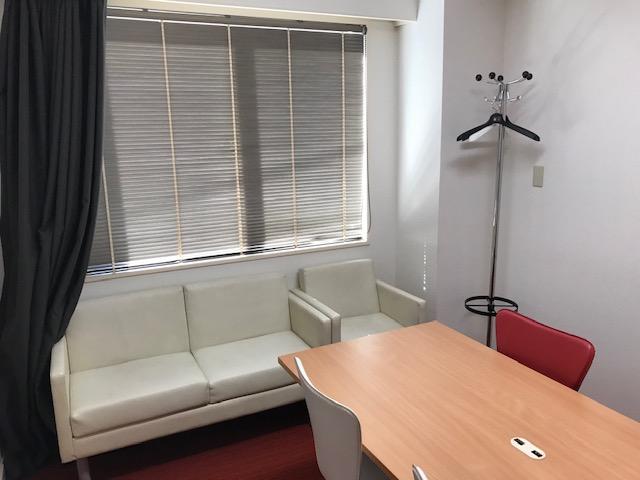 株式会社シェアウィズ東京オフィスの執務スペースの写真
