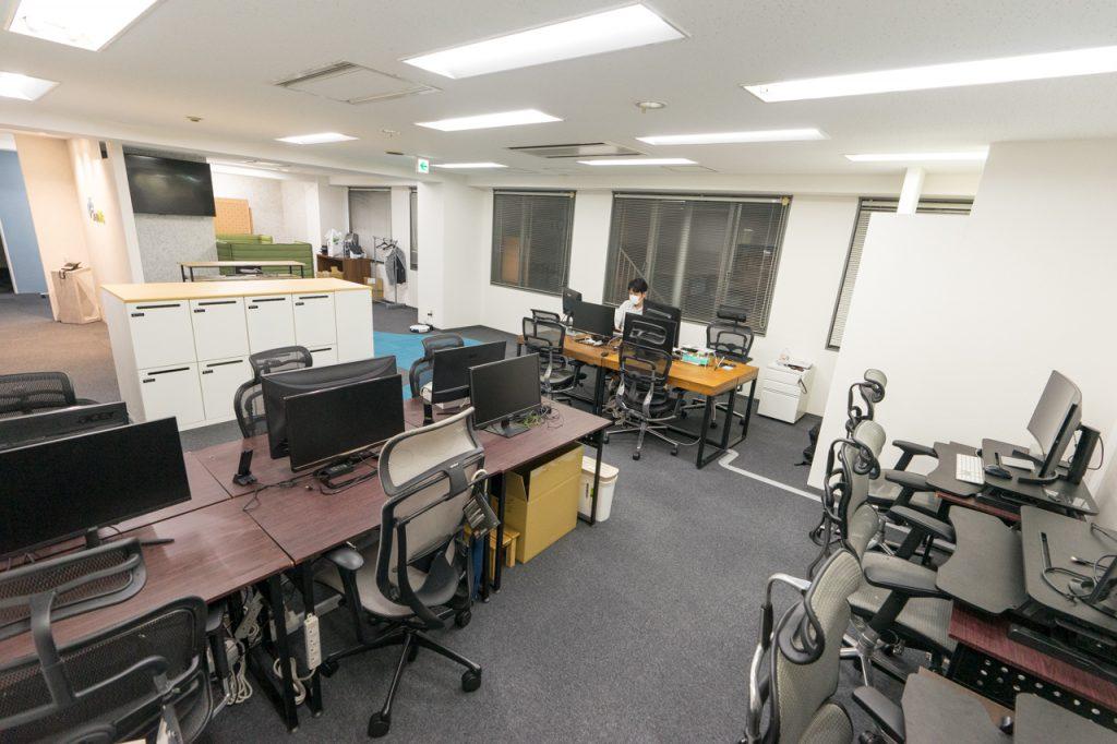 株式会社シェアウィズの執務スペースの中にある集中エリアの写真